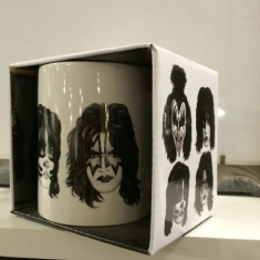 Kiss - Kiss Graphite Faces White Boxed Mug (German Market Version