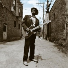 Buddy Guy - Bring 'Em In
